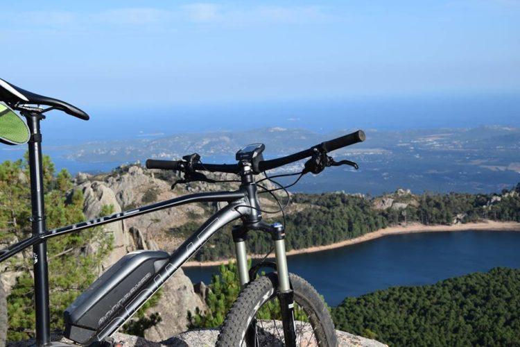 Activité-bicycorsica-groupe-bonifacio-corsica.jpg