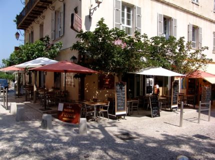 Hotel-leroyal-terrasse-bonifacio-corse.jpg