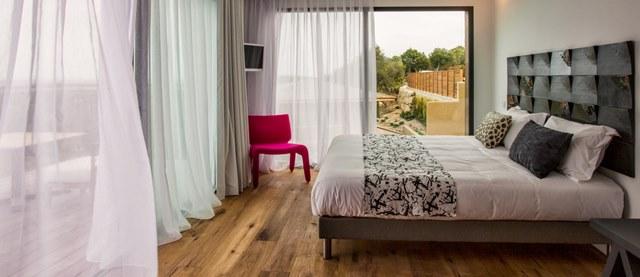 Hotel-versionmaquis-suite-bonifacio-corse.jpg