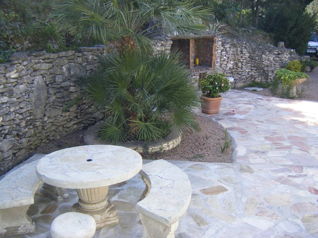 Locationmeublés-lacellu-terrasse-bonifacio-corse.jpg