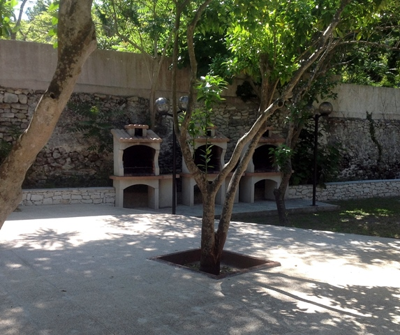 Résidence-araguina-hébergement-ambiance-bonifacio-corse.jpg