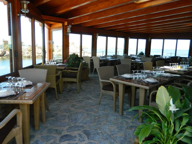 Restaurant-chezmarco-vue-bonifacio-corse.jpg