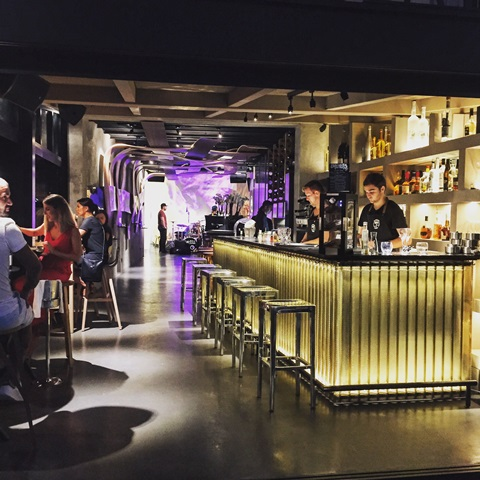 Restaurant-dapassano-ambiance-bonifacio-corse.jpg