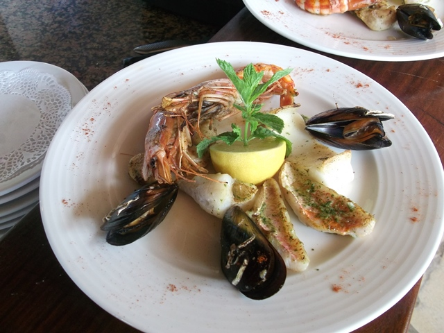 Restaurant-goelandbeach-plat-bonifacio-corse.jpg