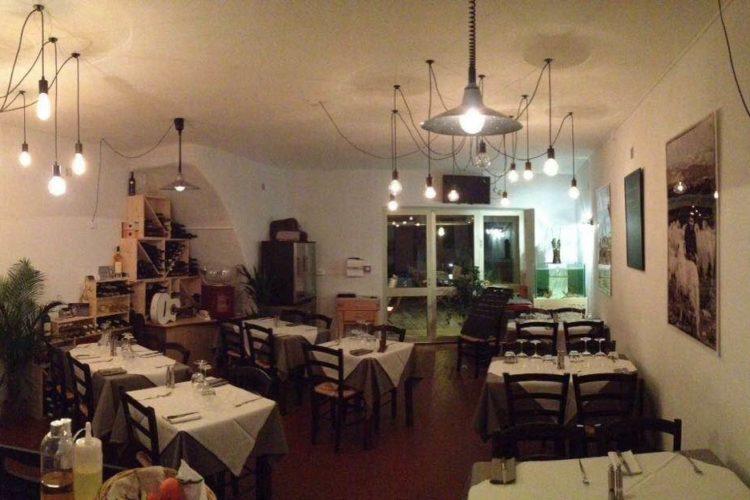 Restaurant-lanfaim-port-bonifacio-corse.jpg