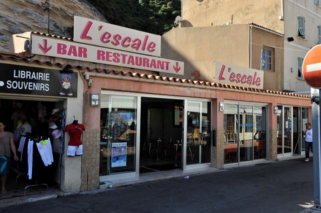 Restaurant-lescale-port-bonifacio-corse.jpg