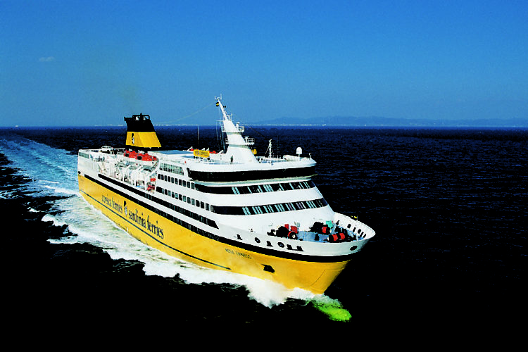 Transport-corsicaferries-bateaux-bonifacio-corse.jpg