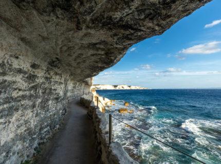 Esaclier-royaragon-monument-patrimoine-Bonifacio-Corse.jpg