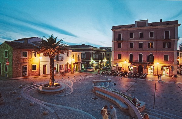 SantaTeresa, Sardaigne, ville, Bonifacio, Corse.jpg