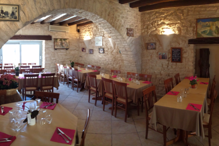 Cafédelaposte-restaurant-citadelle-bonifacio-corsica.jpg