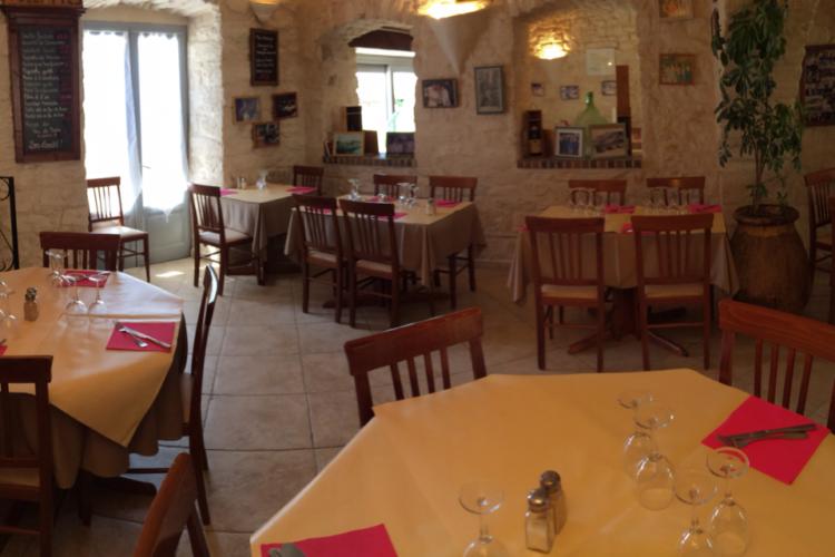 Cafédelaposte-restaurant-hauteville-bonifacio.jpg