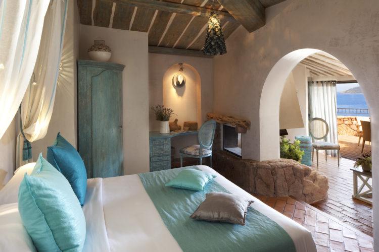 hotel-capubiancu-luxe-Bonifacio.jpg