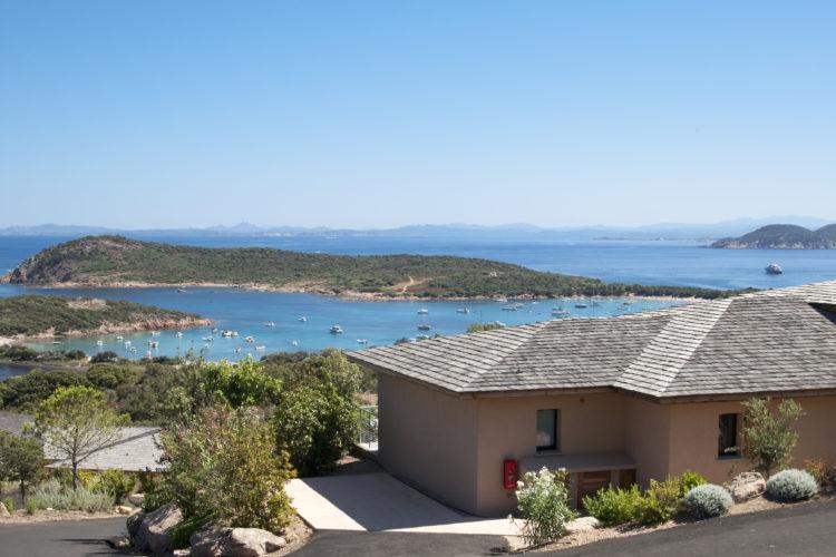 Résidence-terrasse-rondinara-mer-piscine-Bonifacio-Cors.jpg