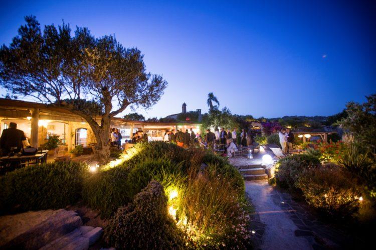 Restaurant-capubiancu-Bonifacio-bar-plage.jpg