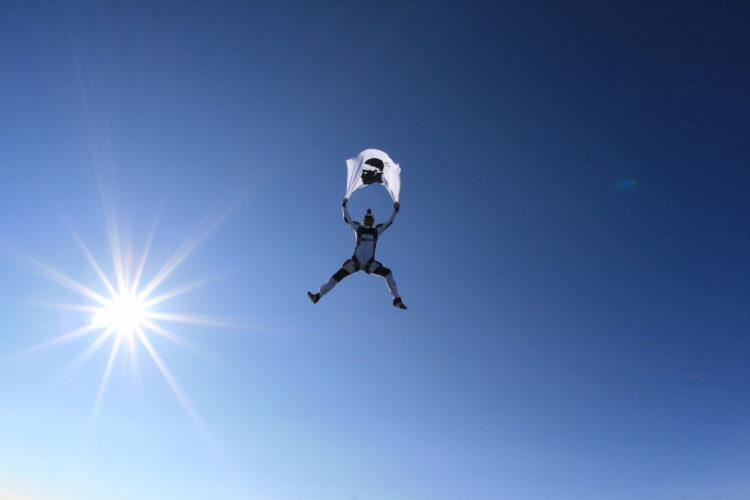 Tandem-ecole-parachutisme-drapeau-Corse.jpg