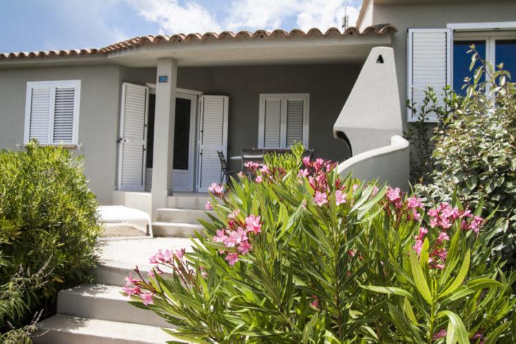 Résidence-santamonica-famille-terrasse-bonifacio-corse