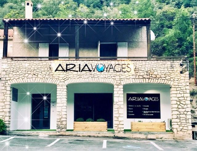 Aria-voyage-Bonifacio-Corsica-informations-bureau.jpg