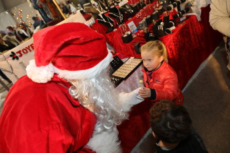 kind-weihnachten-bonifacio-korse