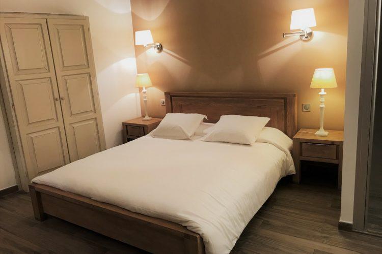 Colomba-chambre-hotel-familliale-Corsica.jpg