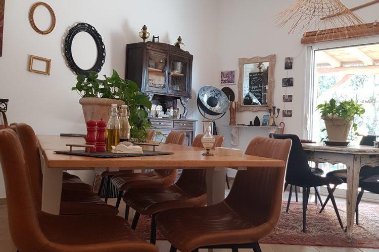Chambre-dhôtes-Bonifacio-repas-AManicetta-Corsica.jpg