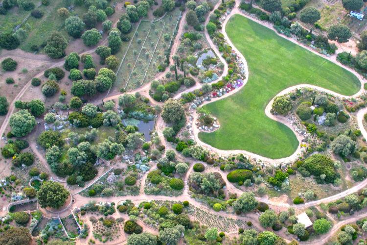 Parc-de-Saleccia-jardins-vue-corsica.jpg