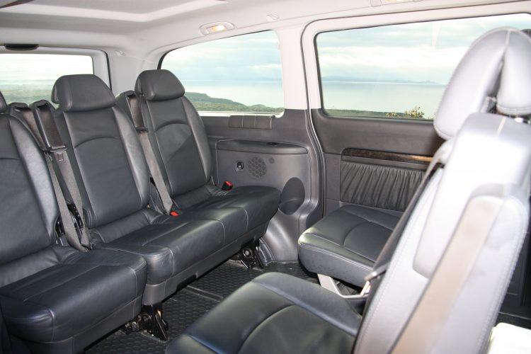 Transport-chauffeur-taxi-TTB-mercedes-Bonifacio.jpg