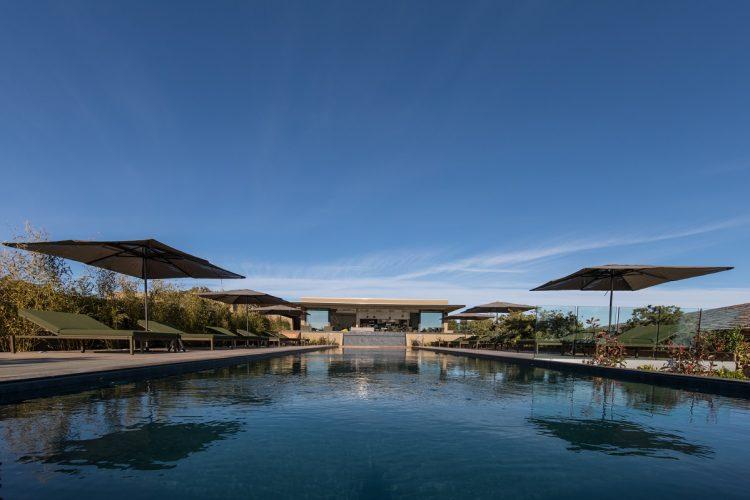 Hotel-version-citadelle-piscine-Bonifacio.jpg