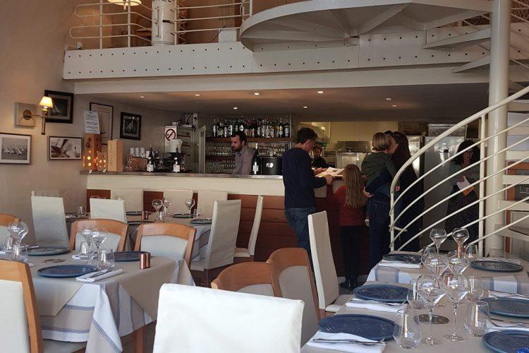 restaurant-les-4-vents-Bonifacio-port-corsica.jpg