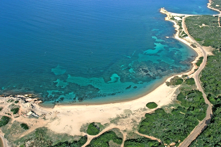 Plage-de-Maora-Corsica-beach-Bonifacio.jpg