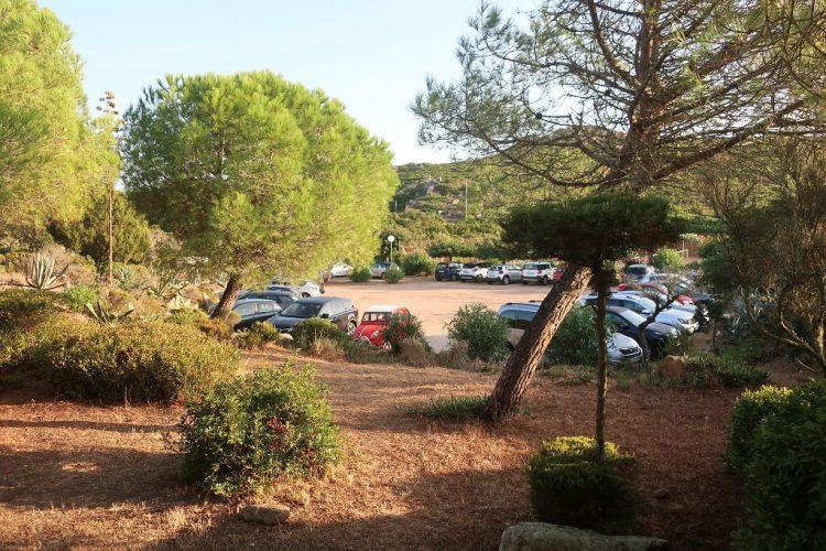 Residence-Bocca-di-Feno-parking-Bonifacio.jpg