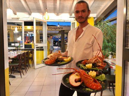 Restaurant-les-voyageurs-Bonifacio-marina-Corsica.jpg