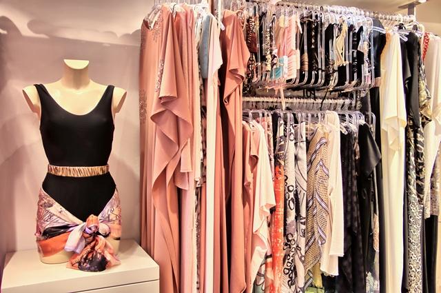 Shopping-calarena-vêtements-bonifacio-corse.jpg