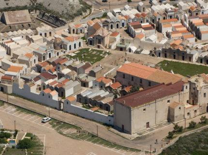 Il cimitero marino di Bonifacio