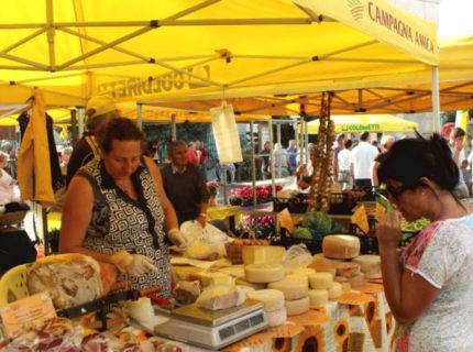 Il mercato del giovedì a Santa Teresa di Gallura