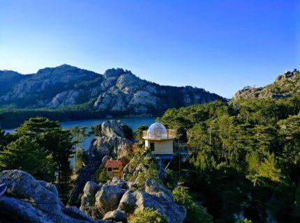 Hébergement-glamping-montagne-insolite-Corsica.jpg