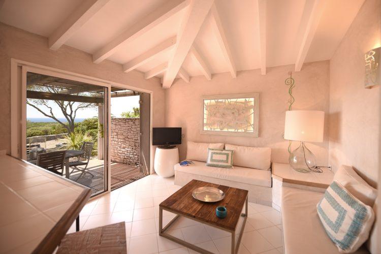 Résidence-terra-marina-ambiance-Bonifacio-corsica-vacances.jpg