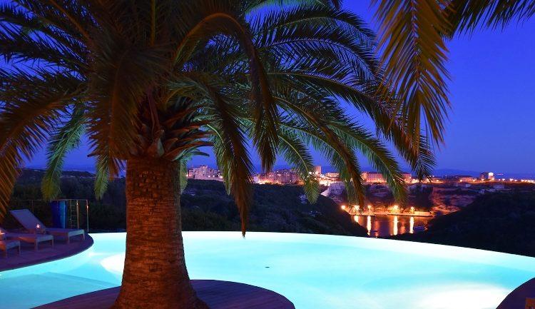 Résidence-terra-marina-soirée-Bonifacio-corsica-vacances.jpg