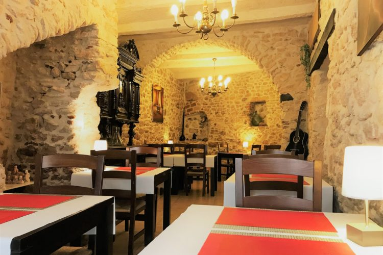 Restaurant-ucastille-citadelle-soirée-Bonifacio-corsica.jpg