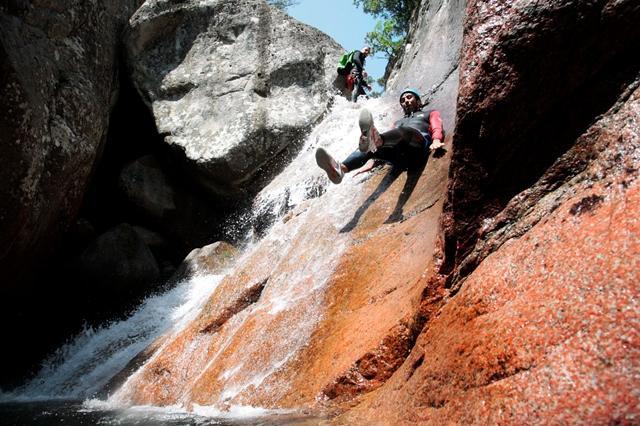 Canyon-bacellacanyon-activité-sudcorse-bonifacio.jpg