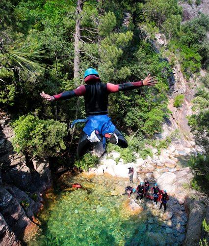 Canyon-bacellacanyon-révière-sudcorse-bonifacio.jpg