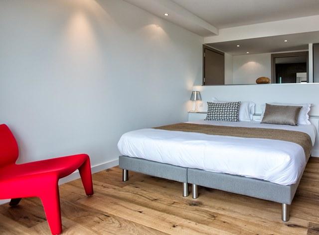 Hotel-versionmaquis-ambiance-bonifacio-corse.jpg