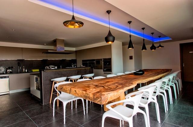 Hotel-versionmaquis-déjeuner-bonifacio-corse.jpg