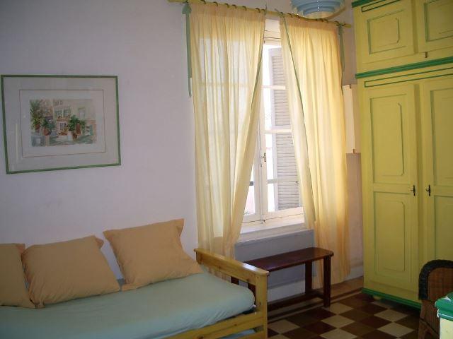 Locationmeublés-minierlouis-chambre-bonifacio-corse.jpg