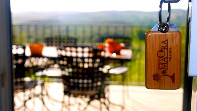 Résidence-maoravillage-déjeuner-bonifacio-corse.jpg