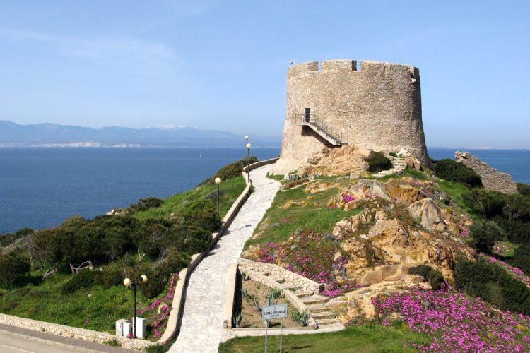 SantaTeresa, Sardaigne, patrimoine, Bonifacio, Corse.jpg