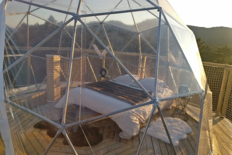 Hébergement-glamping-montagne-chambre-insolite-Corsica.jpg