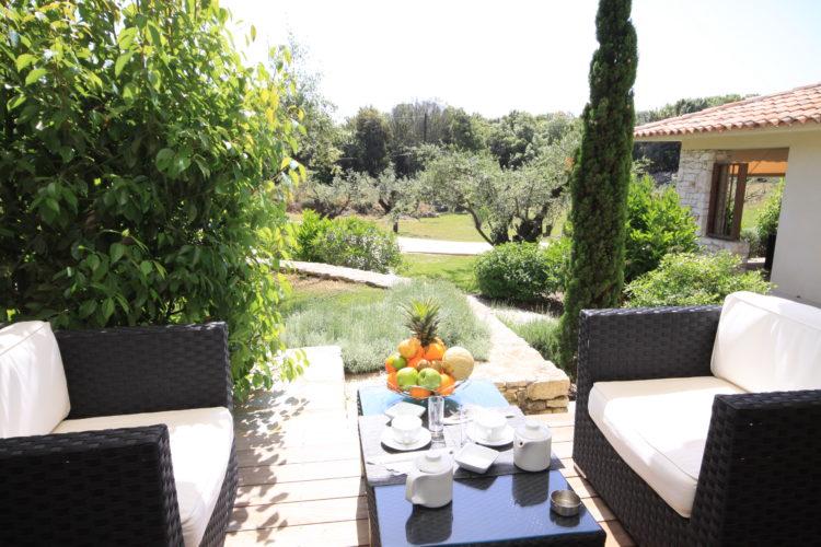 Location-natureetdesgin-chambre-terrasse-Bonifacio.jpg