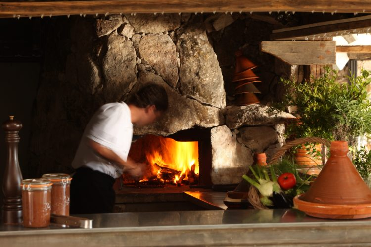Restaurant-capubiancu-Bonifacio-grill-plage.jpg