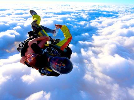 Tandem-ecole-saut-parachutisme-Corse.jpg