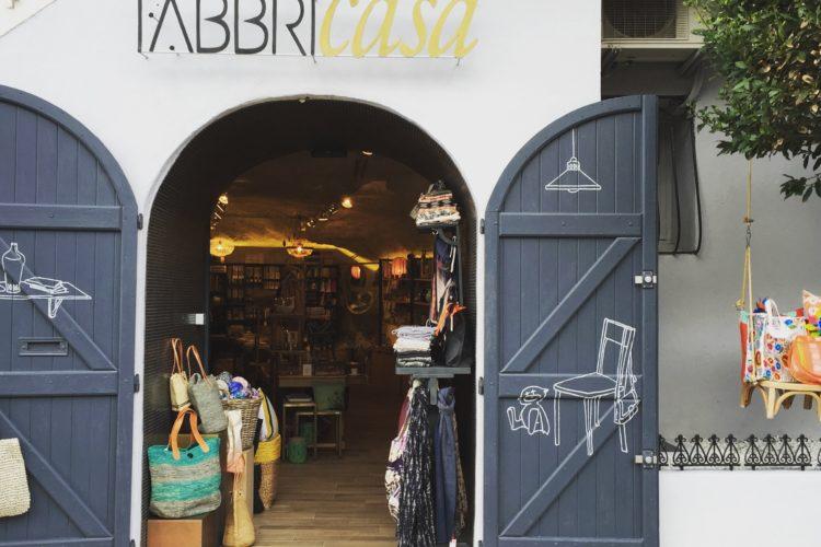 Frabricasa-boutique-port-cadeaux-Bonifacio-Corse.jpg